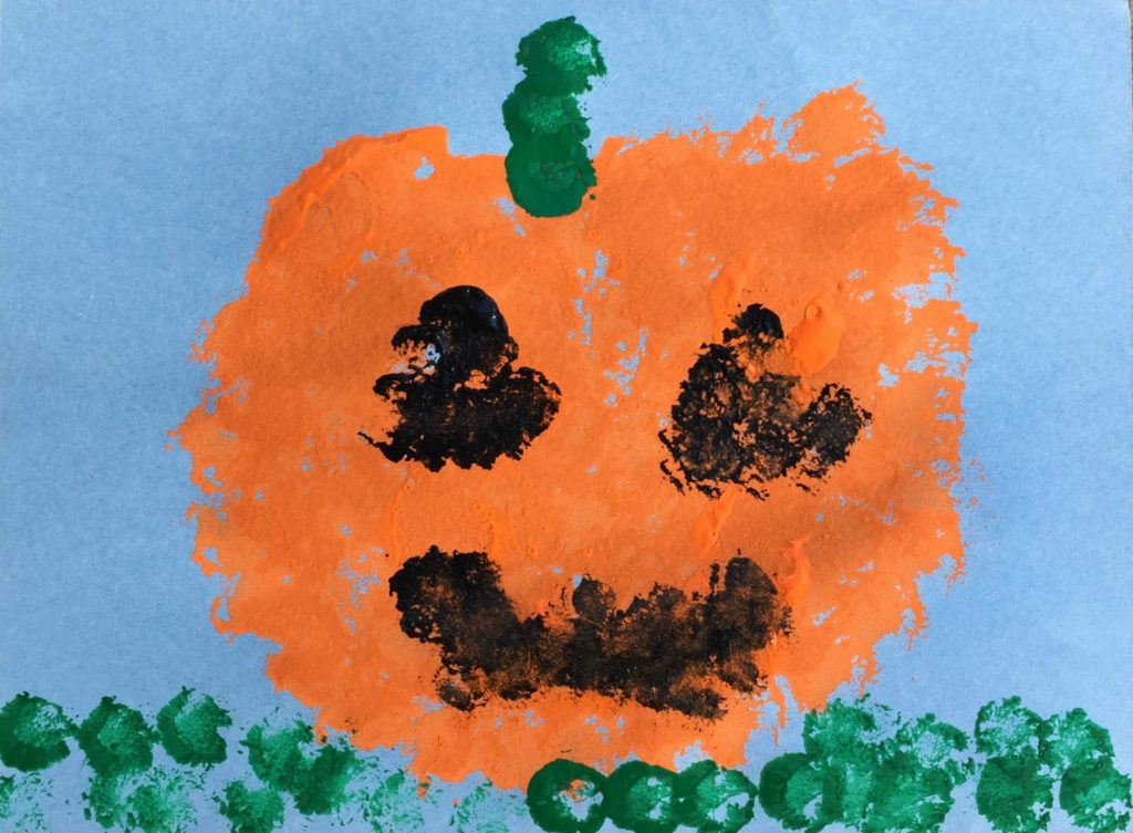 Paint Pumpkins with pompoms: a fun craft for kids!