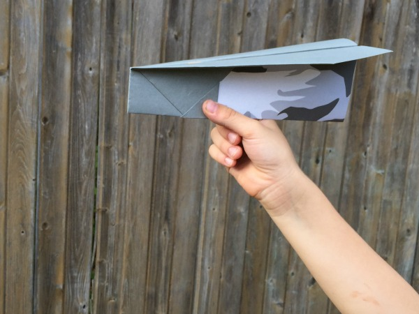 Paper plane game for sight words!