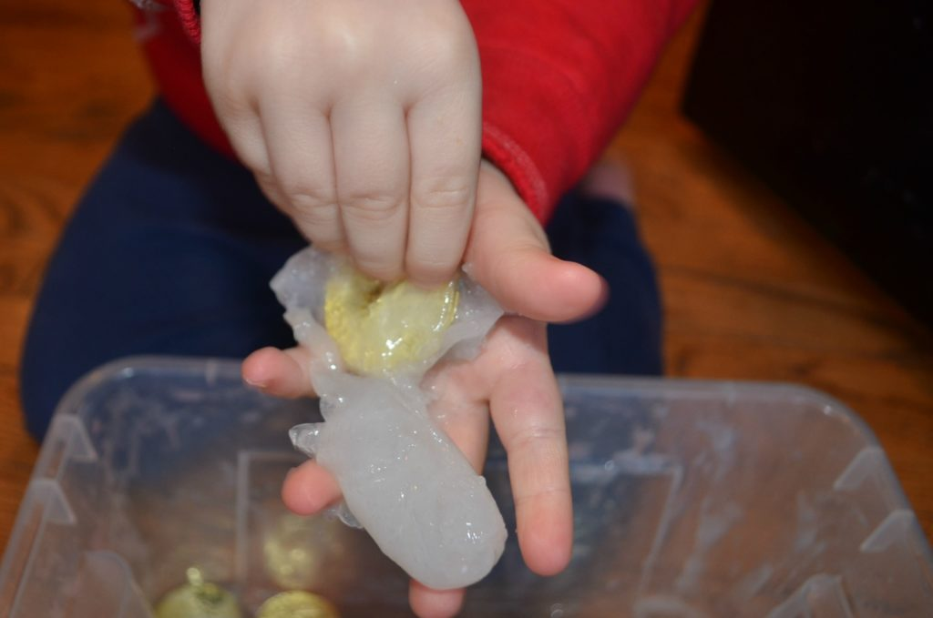St. Patrick's Day activity for kids - pot of gold slime!