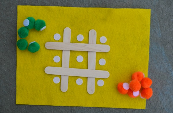 Fine Motor busy bag idea! Make a traveling  tic tac toe game!