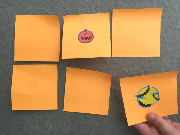 Make this super simple Halloween memory game - super easy and FUN!
