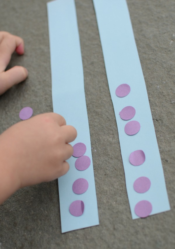Simple activity for practicing shapes with toddlers and preschoolers!